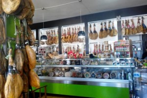 La-Montanera-Delicatessen-3